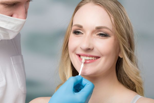 Dental Veneers: Thinking About Getting The Procedure?